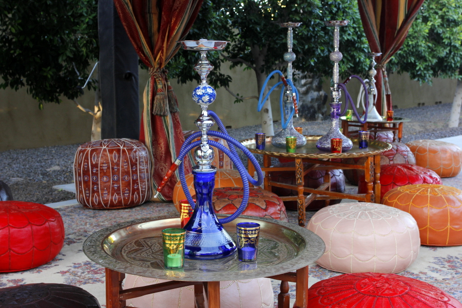 Secrets for a successful theme party experience catersource - Shisha bar dekoration ...